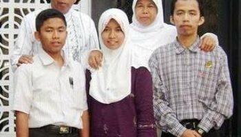 Mr.Kalend Osen Meraih Penghargaan MNCTV Pahlawan Indonesia